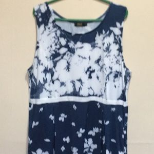 Dresses & Skirts - Sleveless size 2X dress